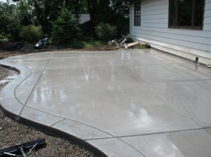 customized-concrete-driveway-denver